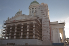 Helsingin tuomiokirkko telineissä